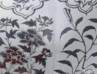 供应釉里红四季花卉纹石榴尊