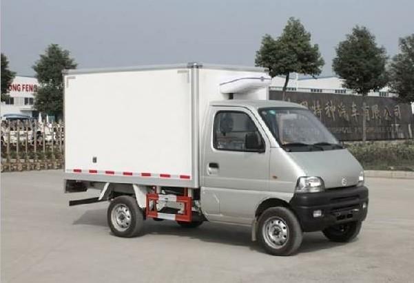 55米长安冷藏车配置及价格图片