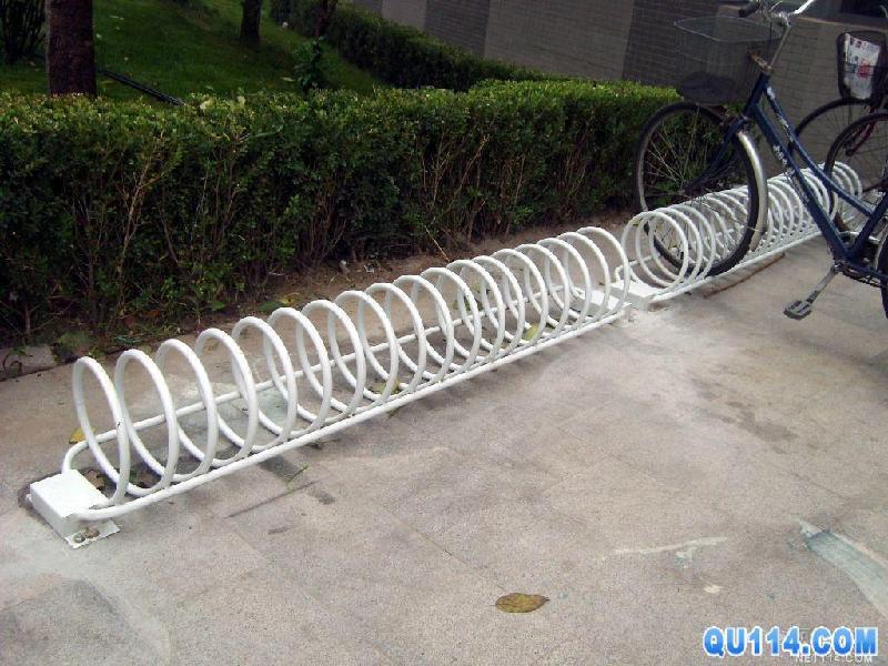 自行车停车架 自行车停车架供货商 供应承德螺旋形自行车停车架 秦皇
