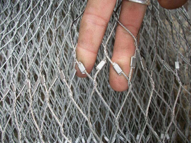不锈钢卡扣绳网的编织方法和规格