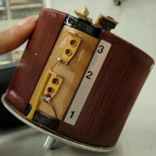 供应台湾joshin自动稳压器