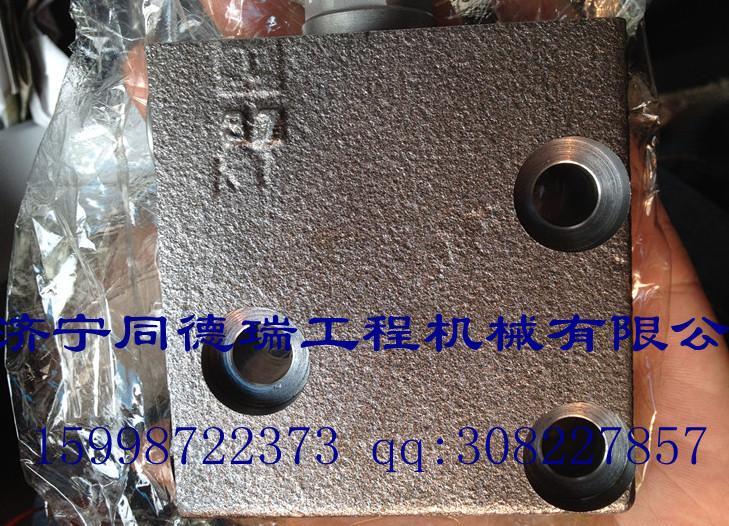 小松挖掘机配件小松200-7自减压阀图片
