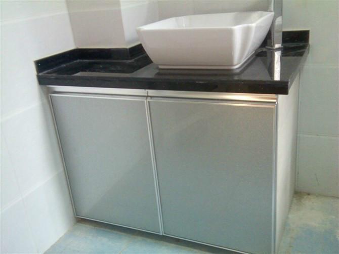 供应陶瓷橱柜可以搭配不锈钢台面