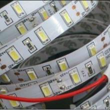 供应5630LED灯带_高亮LED灯带_2013新款深圳灯带厂家