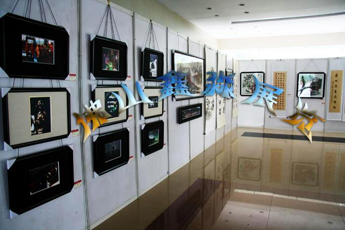 100八棱柱展板双面挂画PVC板销售