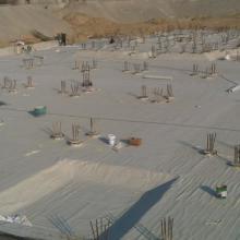 供应PVC防水卷材防水涂料排水板批发