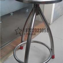 供应不锈钢三脚圆凳生产厂家_不可调不锈钢三脚圆凳