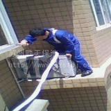 空调拆装供应郑州专业空调维修移机送清洗空调加氟怎么收费打孔加管子多少