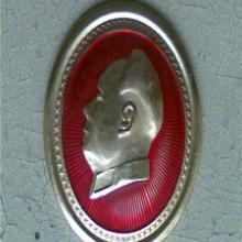 供应毛主席像章图片