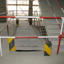 供应青岛开发区工地防护栏杆加工