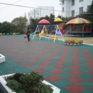 河北幼儿园室外橡胶地垫供应产品介图片