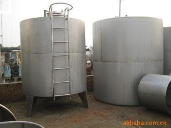 供应河南省最大的油罐压力罐生产企业,技术力量雄厚。