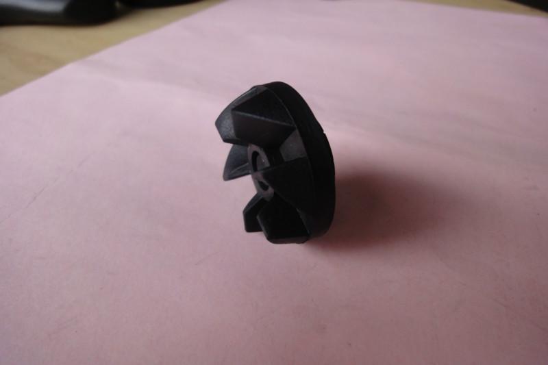 耐碱耐寒橡胶风轮用汽车空调机器等销售