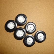 供应东莞上博橡胶厂橡胶硅胶玩具车轮批发
