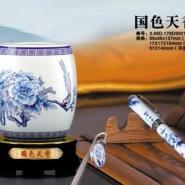 礼品厂家直销陶瓷青花笔筒可以定图片