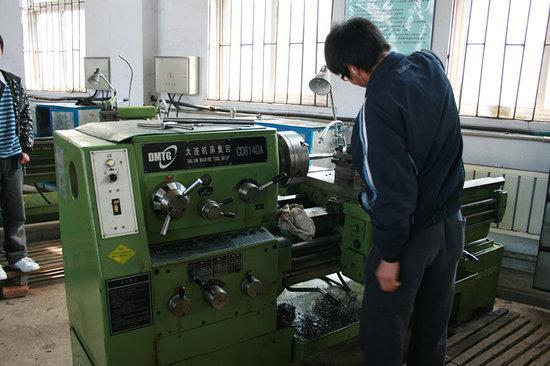 供应上海通用机械设备回收 专业回收通用机械设备 高价回收通用机械设备图片