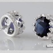 纯银925纯银皇冠蓝锆石耳钉图片