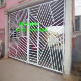 供应河南安阳市新型锌钢护栏 锌钢栅栏门铁艺护栏门庭院门花园门