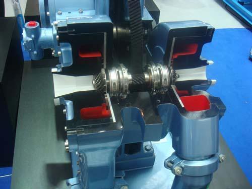 离心式空气压缩机与螺杆式压缩机的区别,各有什么优缺点?图片