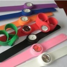 硅胶手环凸字'凹字'印刷'夜光'感光'感温手环表带现货批发定做批发