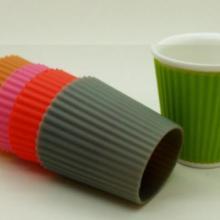 供应生产硅胶杯套,乐扣杯杯套,硅胶制品厂 杯盖