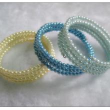 流行饰品ABS仿珍珠钢线弹力手环广州批发零售