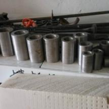 供应乌鲁木齐钢筋套筒变径正反丝套筒产品采用国际45号优质钢材,特殊制