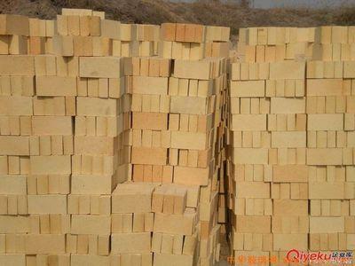 供应新疆库尔勒耐火砖厂家直销