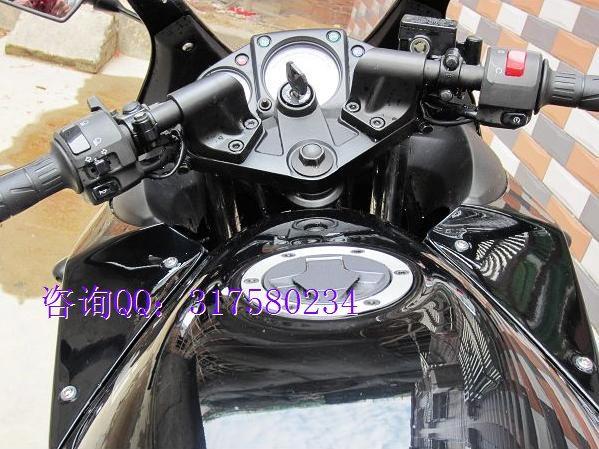 川崎小忍者250摩托车图片 川崎小忍者250摩托车样板 高清图片