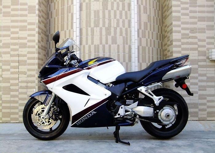 本田vfr800摩托车 本田vfr800报价 本田摩托车报价 本田价格 高清图片