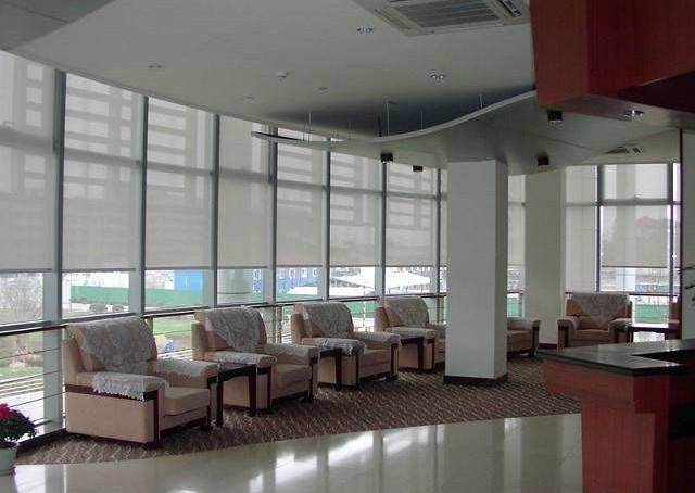 供应义乌工程卷帘、成品窗帘、办公宾馆酒店卷帘、遮光遮阳帘