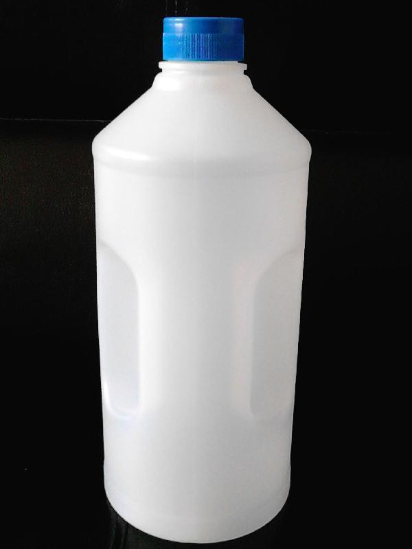 供应仿蓝星2l高档汽车玻璃水瓶