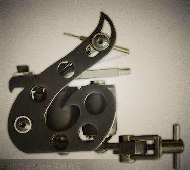 供应哈尔滨杰刺滨纹身机jc-300s铸铁3线