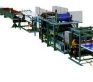 彩钢隔热夹芯复合板生产线图片