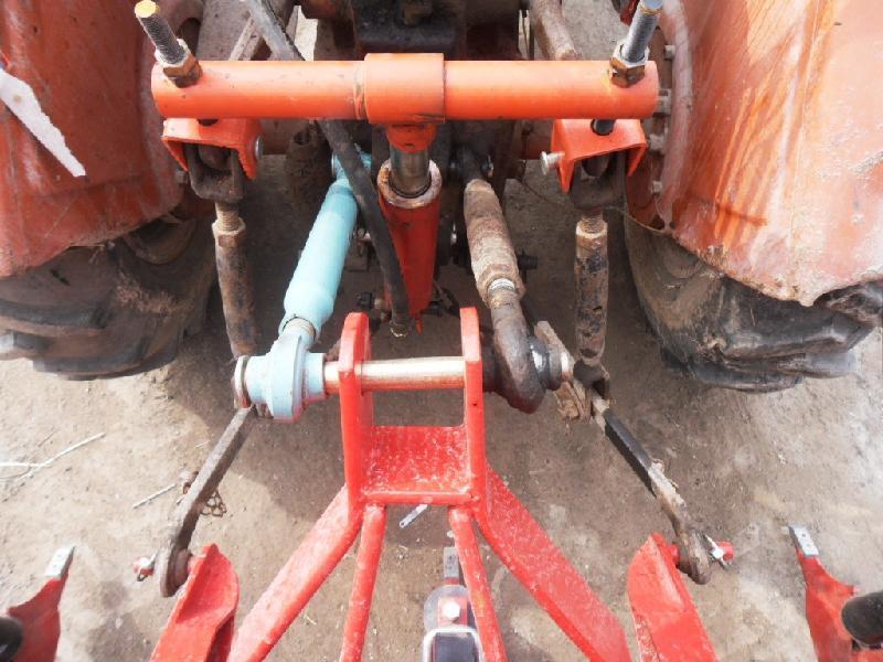 供应拖拉机后置液压升降器图片