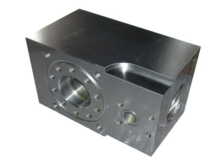 供应泥浆泵配件液缸、泵块、阀箱、兰石阀箱