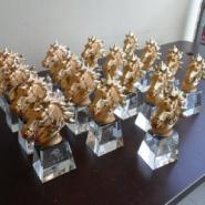 梅州水晶马纪念品制作图片