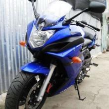 雅马哈XJ-6摩托车