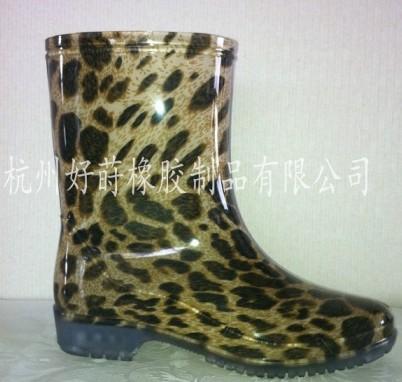 供应pvc女雨靴