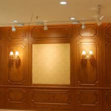 供应柳州雕花护墙板图片