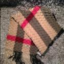 供应LV巴宝莉普拉达等奢侈品丝巾货源