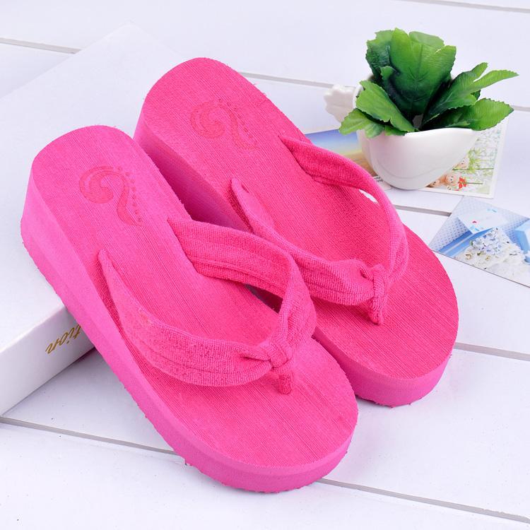 供应 人字拖凉鞋   松糕拖鞋 坡跟鞋
