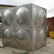 不锈钢方形保温水塔图片
