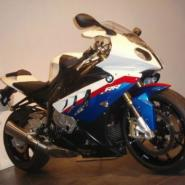 2010宝马S1000RR赛车版摩托车价格图片