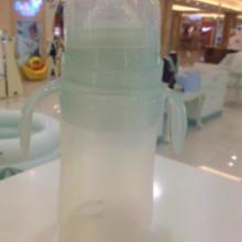 6安宽口径硅胶有耳奶瓶