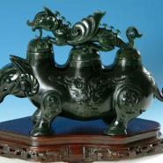 碧玉犀牛摆件鉴定上海和香港拍卖找图片