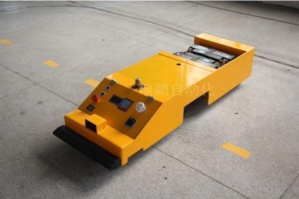 供应AGV小车用在仓储业