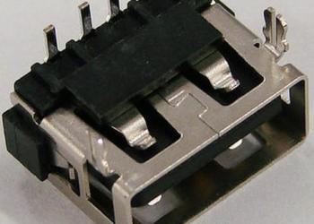 USB母座图片