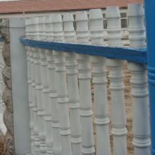 供应工业园用防护栏/哪里生产的护栏比较安全美观批发
