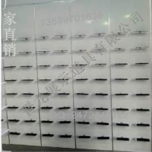 供应靠墙架运动鞋架厂家批发靠墙鞋架运动鞋墙白色UV板鞋展示架专卖店展图片